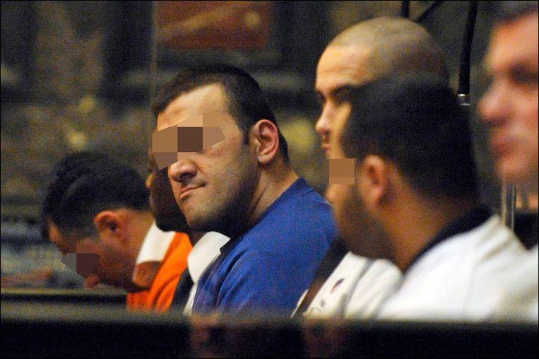 Noureddine Cheikhini, Hassan Iasir en Galip Kurum, de beschuldigden in het assisenproces over de moord op politieagente Kitty van Nieuwenhuysen. Die eerste komt nu vervroegd vrij.