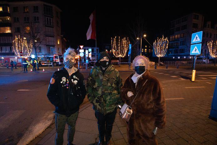 Familie van Shiva Leenders evacueerden van de Dorpsstraat.