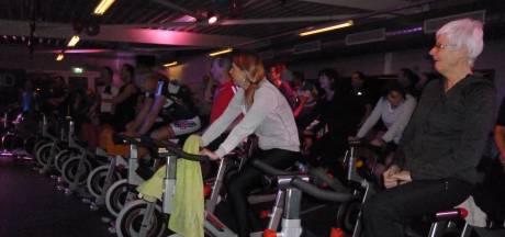 60 Schijndelaren fietsen voor kankerbestrijding