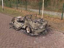 Gestolen brommobiel gaat in vlammen op in Enschede