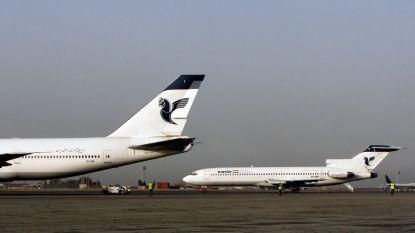 Vliegtuig vat vuur op luchthaven Teheran: nog 50 passagiers aan boord