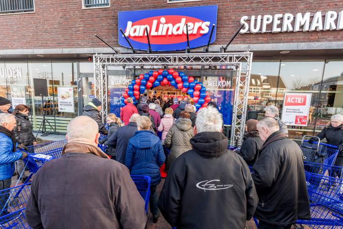 Opening van een Jan Linders te Gennep. Foto ter illustratie.