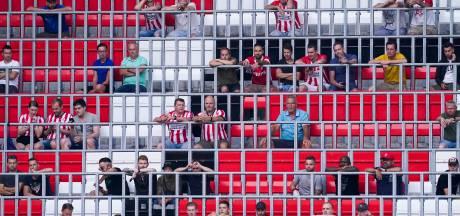 PSV doet test met 500 corona-armbandjes bij PSV-FC Emmen en bezoekers moeten gezondheidscheck invullen