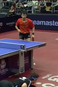 Duitse tafeltennisser haalt onmogelijke bal