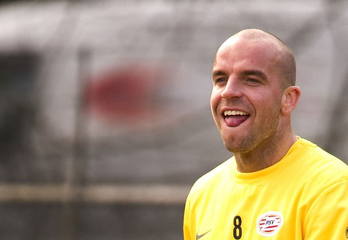 Andy van der Meyde in 2010 op de training bij PSV.
