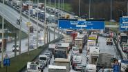 """Experts kritisch voor Vlaams klimaatplan: """"100 km/u op Brusselse ring? Dat haalt niks uit"""""""
