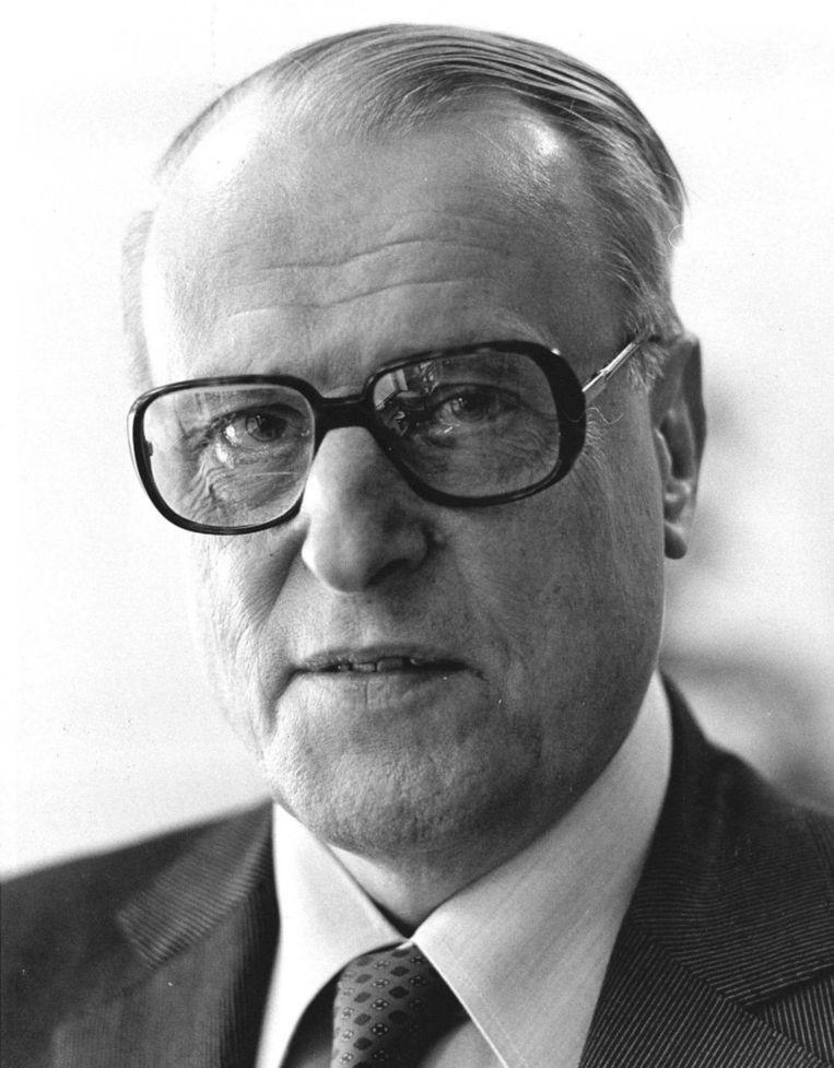 Schrijver W.F. Hermans Beeld anp