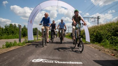 Fietssnelweg tussen Wetteren en Schellebelle officieel ingefietst
