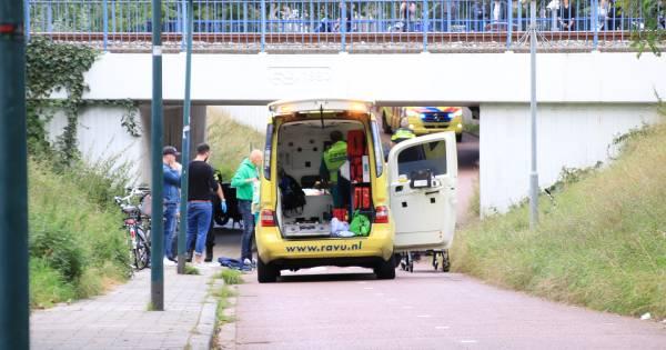 Jongen zwaargewond bij ongeluk in fietstunnel in Veenendaal.