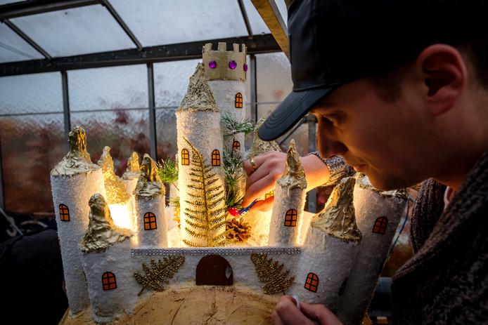 Remco de Waard bouwt kastelen uit de Droomvlucht na.