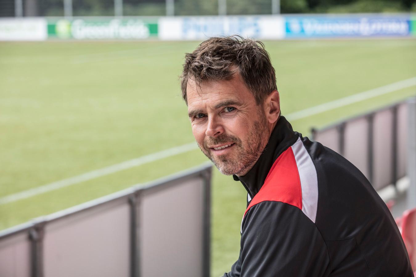 Jong PSV trainer Dennis Haar in Eindhoven