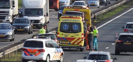 Botsing tussen twee auto's op A2 bij Waalre