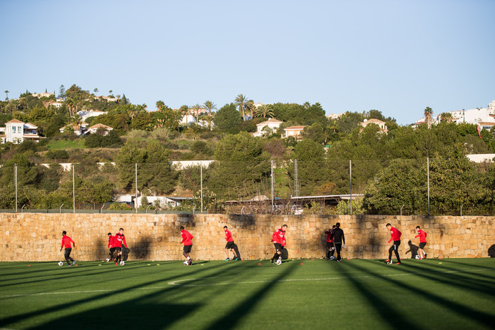 NEC op trainingskamp in Marbella