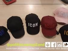Verkopers neppe merkkleding in Loon op Zand betrapt: kleding en petten in beslag genomen
