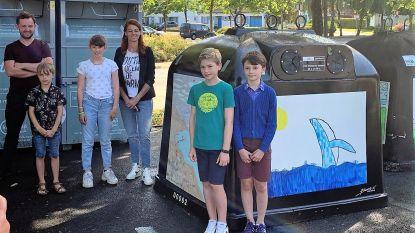 """Kortrijk versiert glasbollen met kinderkunst: """"Er deden 650 kinderen uit 13 basisscholen mee"""""""