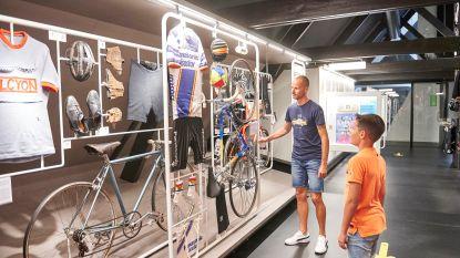 """Roeselare wil KOERS. Museum van de Wielersport promoten met KOERSbus: """"We brengen expositie naar mensen"""""""