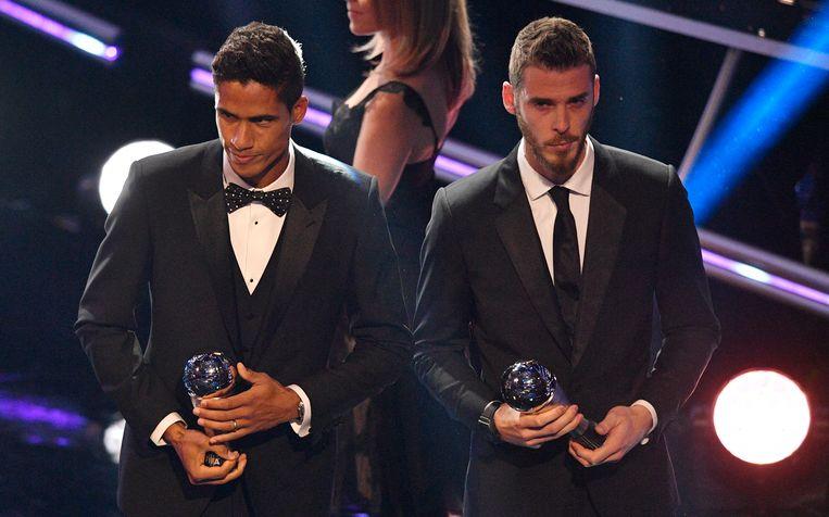 David De Gea (r) naast Raphaël Varane.