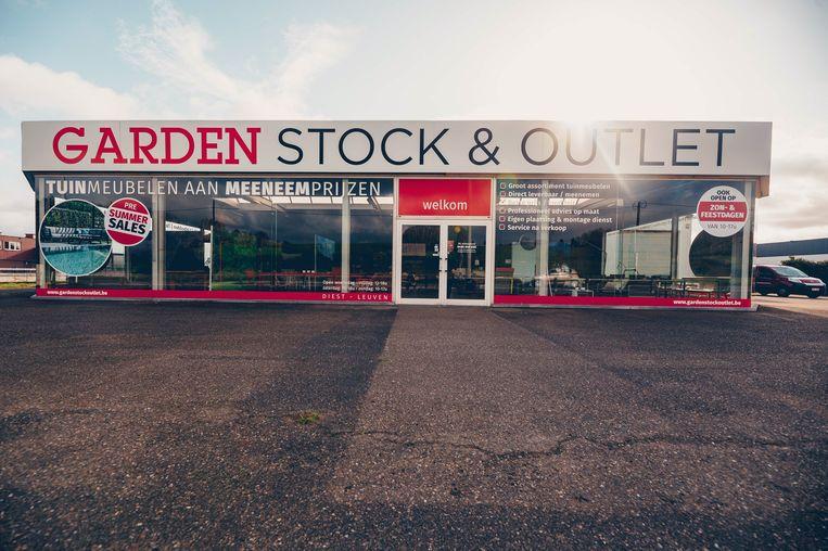 De nieuwe stock en outletshop in Diest opent dit weekend de deuren.