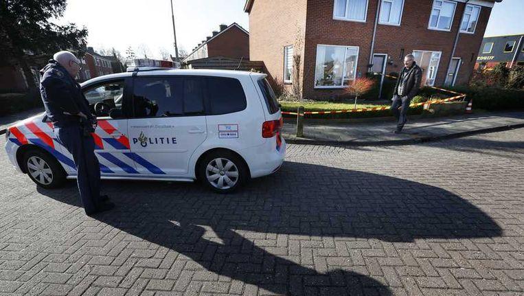 Politie onderzoekt ook de woning van het echtpaar in Aduard. Beeld anp
