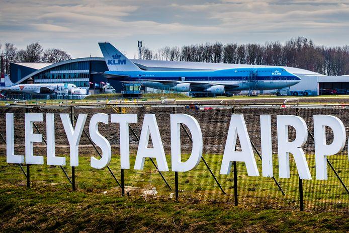 Lelystad Airport is qua infrastructuur klaar voor opening, politiek gezien is echter nog een lange weg te gaan.