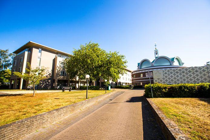 Mariëngaarde, het woonzorgcentrum van De Zorgboog in Aarle-Rixtel, opent vrijdag 29 mei weer de deuren voor bezoek. Er is wel sprake van strenge voorwaarden.
