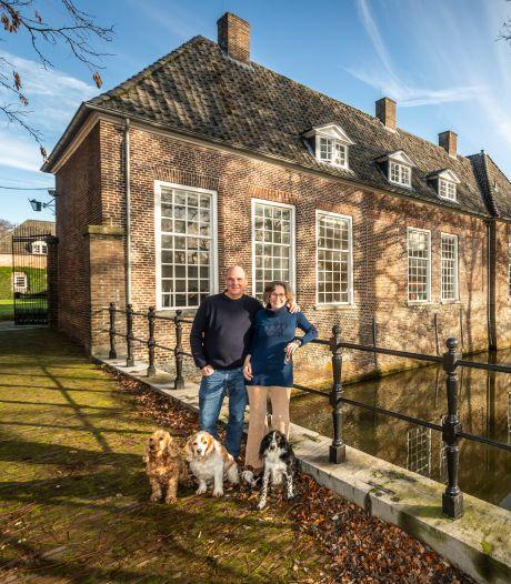 Vanuit Breda naar kasteel Heeze: Dick (61) en Babette (57) zijn als beheerders dag en nacht beschikbaar
