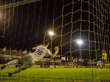 KNVB beslist: Penalty's Lisse-Hoek moeten over na bizarre dwaling scheids