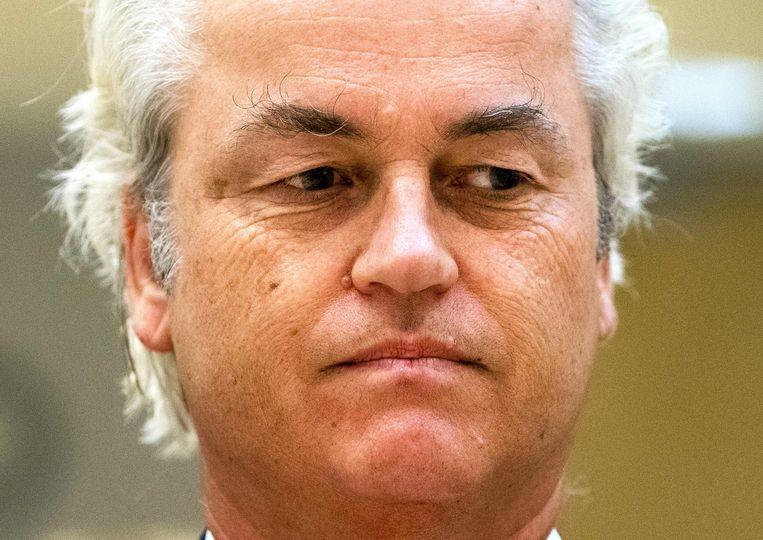 De extreemrechtse Nederlandse politicus Geert Wilders gaat naar Londen om de vrijlating van de Britse anti-islamactivist Tommy Robinson te eisen.