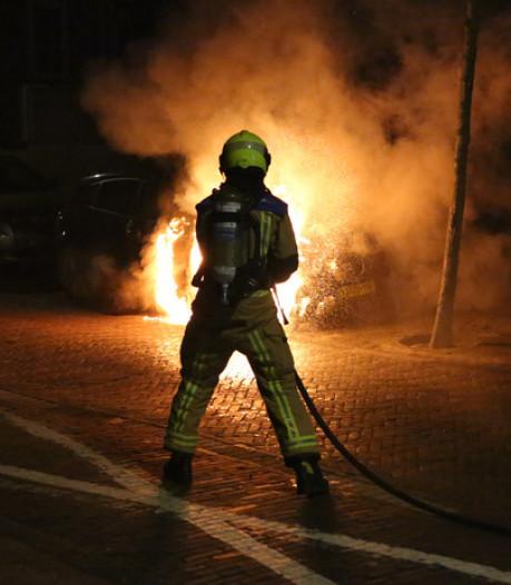 Brandweer Haaglanden is er als de kippen bij