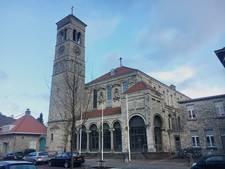 Verkoop Steentjeskerk Eindhoven nog niet rond, Van Abbestichting bezorgd over erfgoed