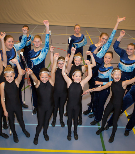 Majorettes uit Lemelerveld horen bij Nederlandse top