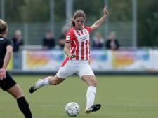 Europarlementariër Manders pleit voor opleidingsvergoeding in vrouwenvoetbal: 'Reinste discriminatie'