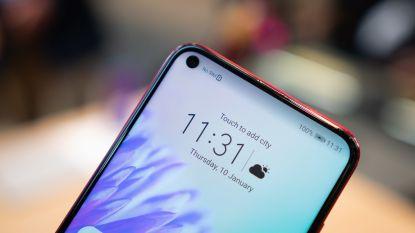 Dankzij piepklein gaatje bestaat de voorkant van deze smartphone bijna volledig uit scherm
