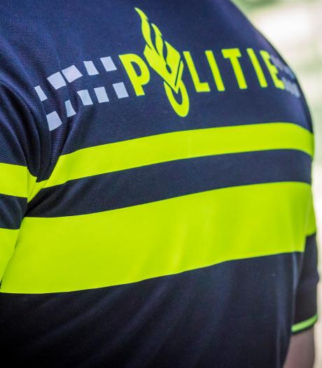 15- en 16-jarige Tilburgers opgepakt voor beroven en omduwen van fietsster (56) in Hulten