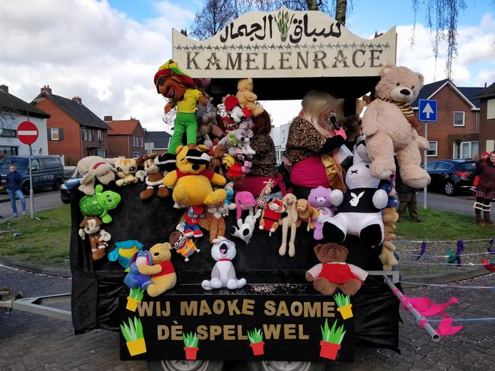 Kamelenrace: ook een kwestie van dè maoke wij saome wel.