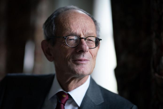 Burgemeester Klein Molekamp van Rozendaal.