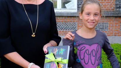 Mientje Debie (8) is duizendste leerling Academie voor Schone Kunsten