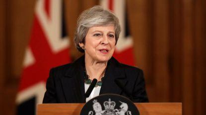 Ontevreden parlementsleden werken aan coup tegen Theresa May, maar die laat zich niet uit lood slaan