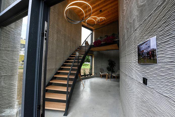 La maison adopte un look moderne et épuré.
