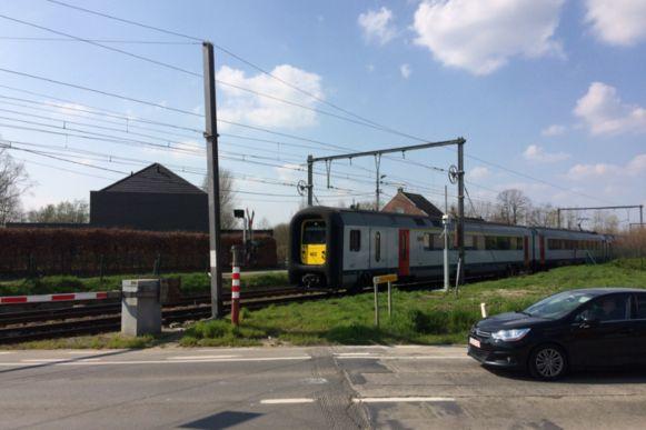 De spoorlijn Gent-Brussel werd in het midden van de 19de eeuw aangelegd.