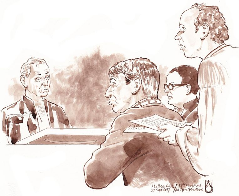 Willem Holleeder (M) met zijn advocaten Robert Malewicz en Sander Janssen. Beeld anp