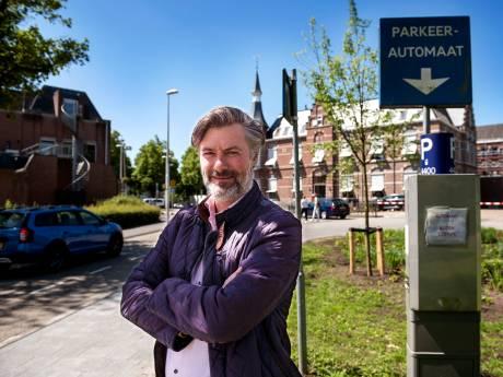 Twitter-fittie tussen fractievoorzitters over bezuinigingen in Woerden: 'Ruim je eigen rommel op'