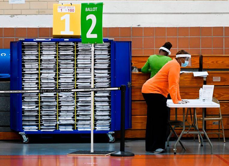 In sommige Amerikaanse steden, zoals dinsdag in Baltimore in Maryland, kan al gestemd worden voor de presidentsverkiezingen.  Beeld AFP