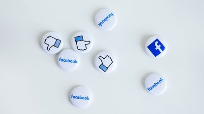 Studie toont aan: minder tijd op Facebook maakt gelukkiger
