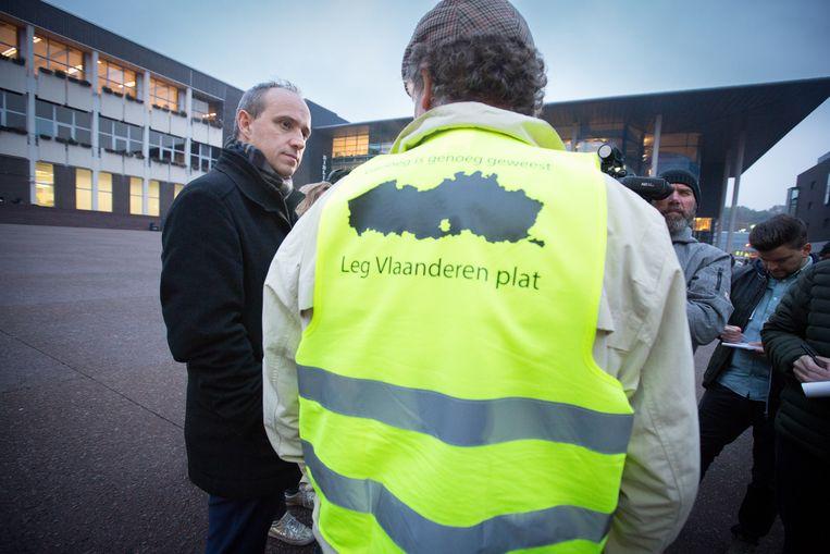 """""""De mensen moeten zich laten horen"""", zegt Marko Kleijn. """"Bijvoorbeeld door hesjes uit hun ramen te hangen."""""""