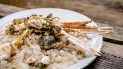 Verrukkelijk: Loïc maakt risotto met zeevruchten