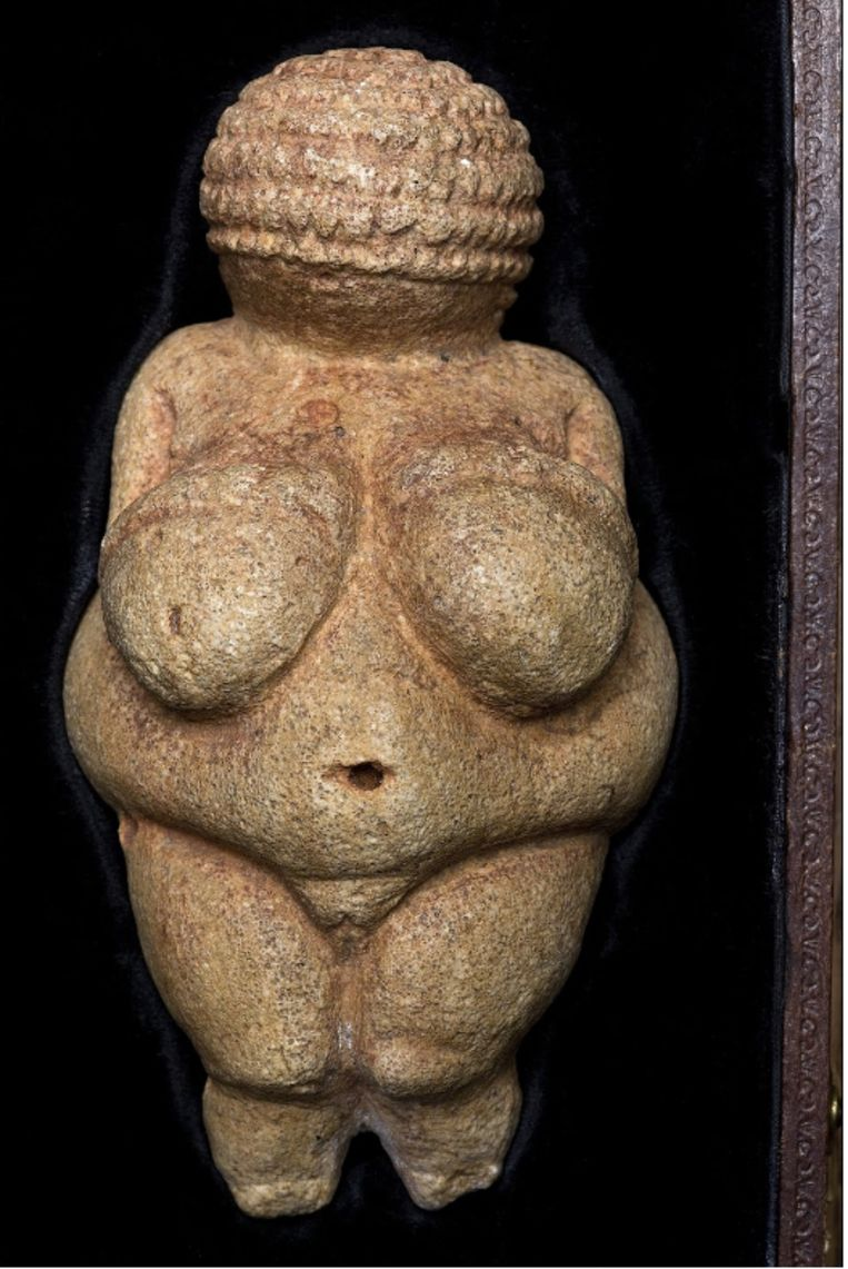 Het beeldje Venus van Willendorf werd door Facebook als ongepast bevonden.