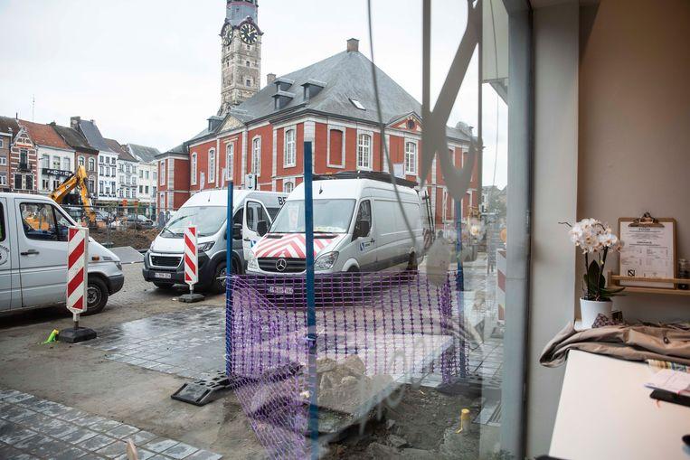 De aanhoudende werken voor de deur van Spoon@Noon op de Groenmarkt deden de zaak geen goed