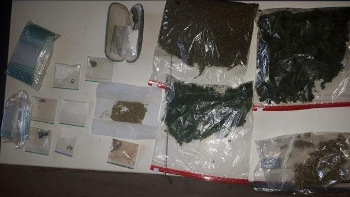 De drugsvondst in de woning in Breskens was omvangrijk.