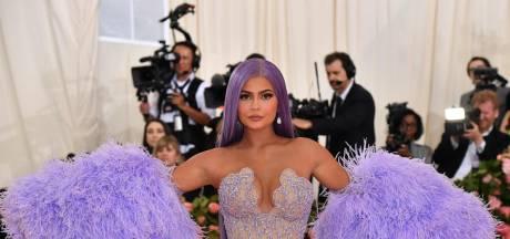 Kylie Jenner viert verjaardag op peperduur jacht
